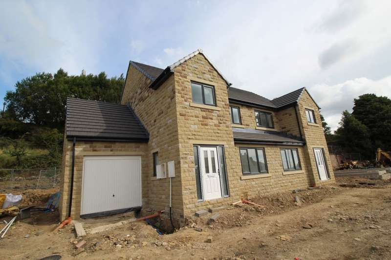 4 Bedrooms Semi Detached House for sale in Holly Drive, Sowerby Bridge, HX6