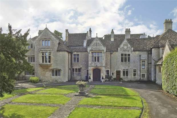 7 Bedrooms Country House Character Property for sale in The Old Hall, 2 Wingfield House, Wingfield, Wiltshire