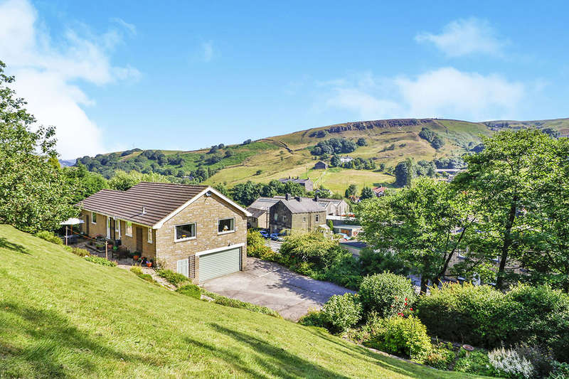 4 Bedrooms Detached House for sale in Rochdale Road, Todmorden, OL14