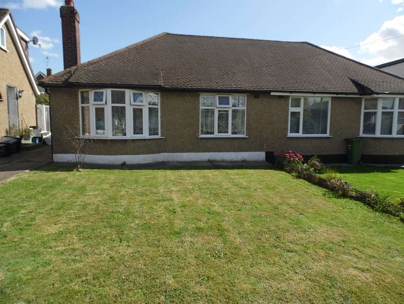 2 Bedrooms Property for sale in Clyde Crescent, Rayleigh