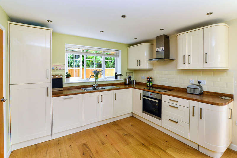 3 Bedrooms Detached House for sale in Poplar Road, Wittersham, Tenterden, TN30