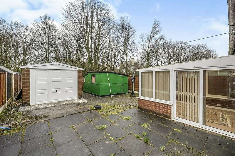 2 Bedrooms Semi Detached Bungalow for sale in Wigan Lower Road, Standish Lower Ground, Wigan, WN6
