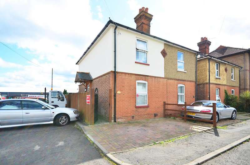 3 Bedrooms Semi Detached House for sale in Mangles Road, Guildford, GU1