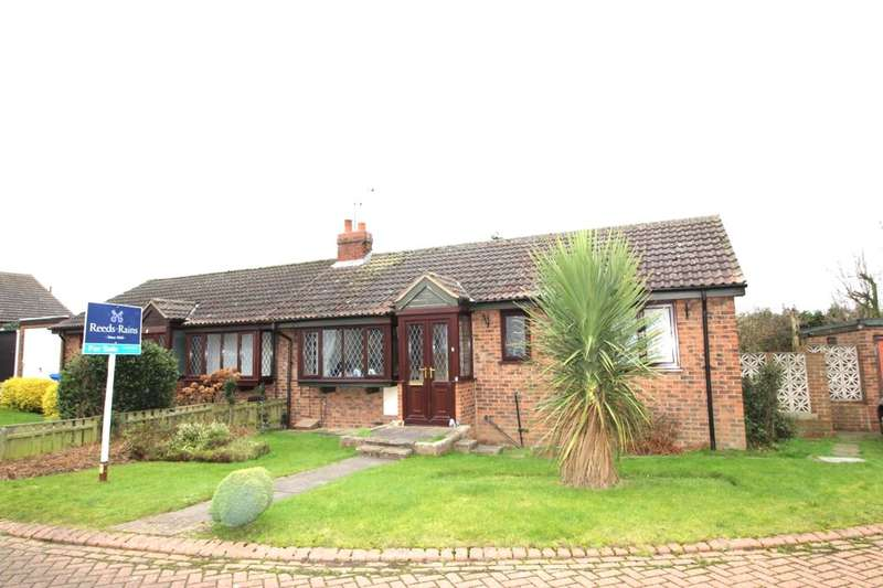 2 Bedrooms Semi Detached Bungalow for sale in The Paddock, Bempton, Bridlington, YO15