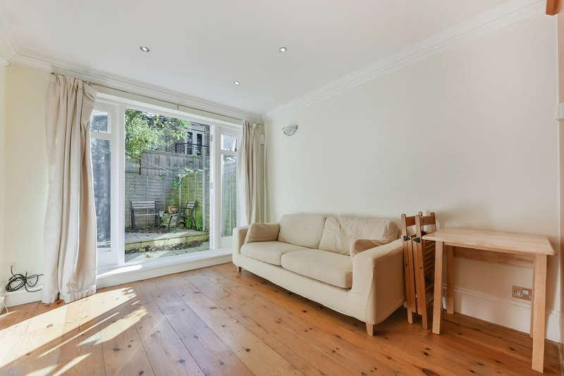 2 Bedrooms Flat for sale in Blackstock Road, Highbury