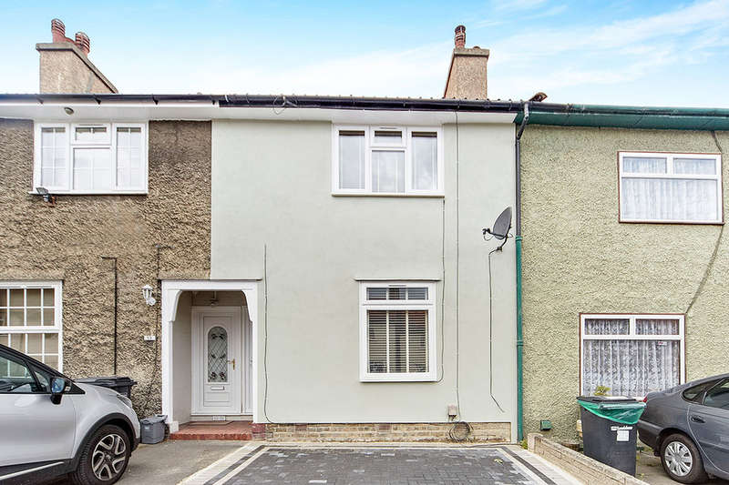 2 Bedrooms Terraced House for sale in Camlan Road, BROMLEY, BR1