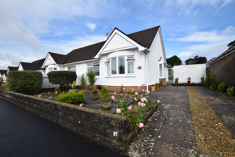 3 Bedrooms Semi Detached Bungalow for sale in Heol Hendre , Rhiwbina, Cardiff. CF14 6PJ
