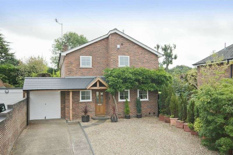 4 Bedrooms Detached House for sale in Forge Close, Chipperfield, Kings Langley, Hertfordshire WD4 9DL