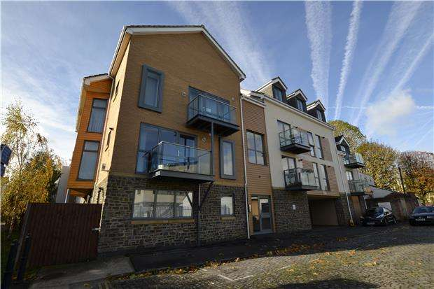2 Bedrooms Flat for sale in City Space, Barton Vale, BRISTOL, BS2 0LR