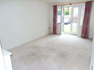 2 Bedrooms Flat for sale in Lomas Court, 43A Wordsworth Road, Worthing, West Sussex