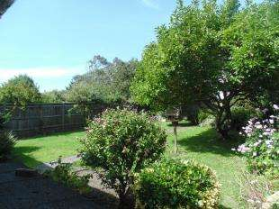 2 Bedrooms Bungalow for sale in Chesswood Road, Worthing, West Sussex