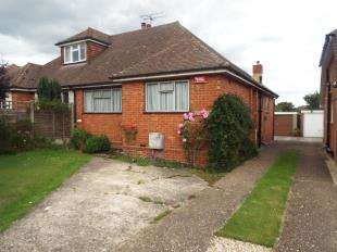 2 Bedrooms Bungalow for sale in Sharfleet Drive, Rochester, Kent