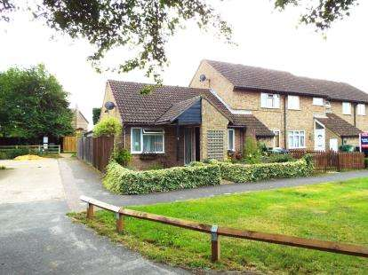 2 Bedrooms Bungalow for sale in Mepal, Ely, Cambridgeshire