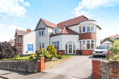 4 Bedrooms Detached House for sale in Meiriadog Road, Old Colwyn, Colwyn Bay, Conwy, LL29