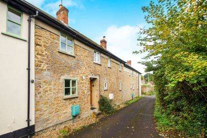 2 Bedrooms Terraced House for sale in Bruton, Somerset