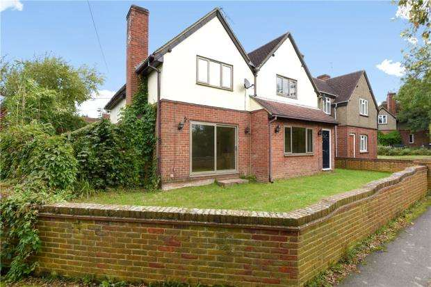5 Bedrooms Semi Detached House for sale in Churchfield Cottages, Bedford Lane, Sunningdale