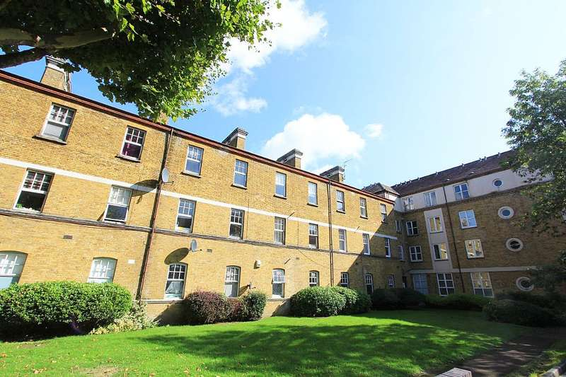 1 Bedroom Apartment Flat for sale in Chiltern Court, Avonley Road, London, London, SE14 5EZ