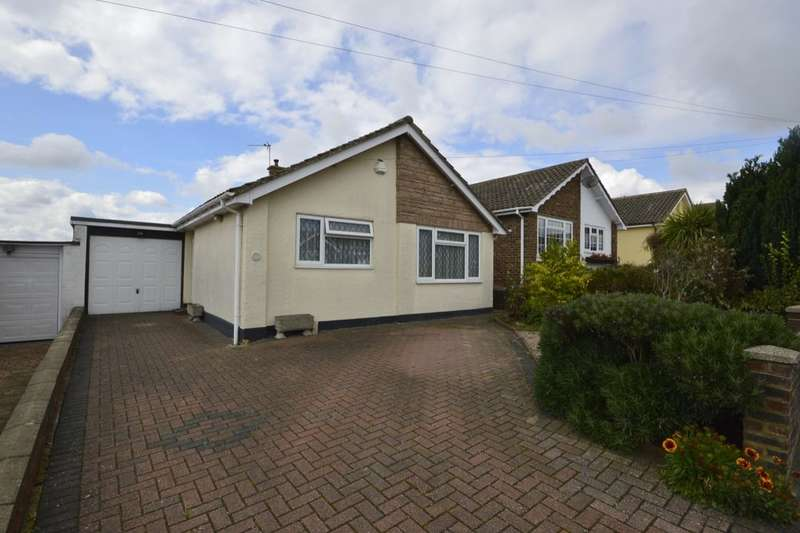 3 Bedrooms Detached Bungalow for sale in Vidgeon Avenue, Hoo, Rochester, ME3