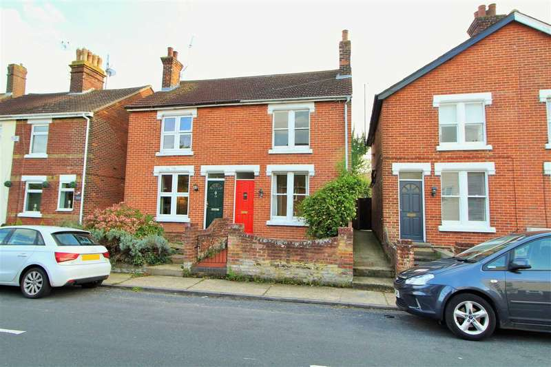 2 Bedrooms Semi Detached House for sale in Halstead Road, Lexden, Colchester