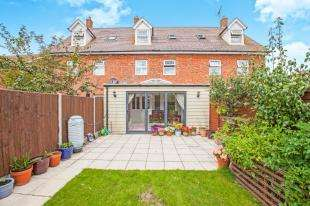 4 Bedrooms Terraced House for sale in The Avenue, Hersden, Canterbury, Kent