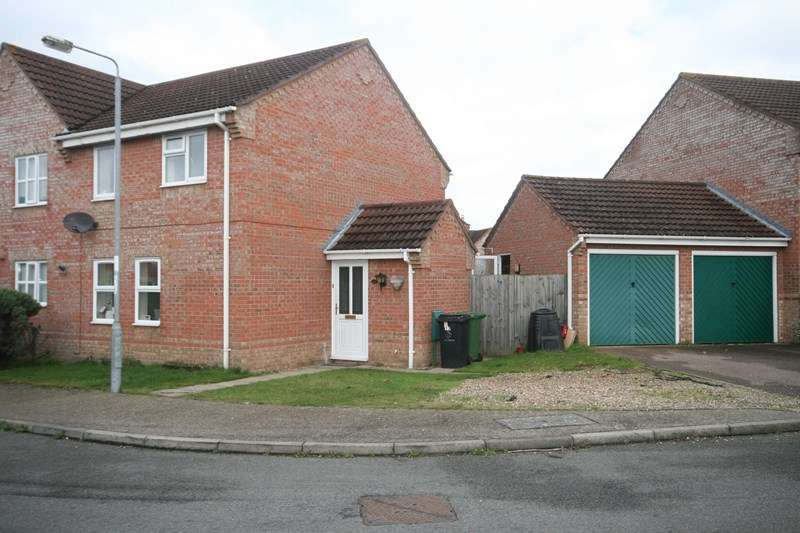 3 Bedrooms Property for sale in Campion Way, Attleborough