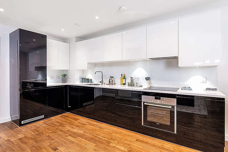 3 Bedrooms Apartment Flat for sale in Discovery Tower, Hallsville Quarter, Canning Town, E16