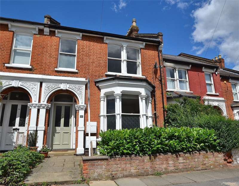 4 Bedrooms Terraced House for sale in Salisbury Road, High Barnet, Hertfordshire, EN5