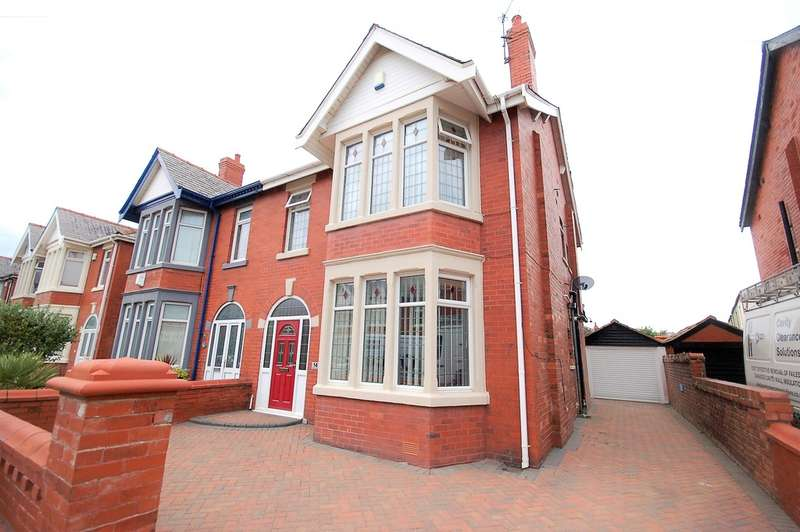 4 Bedrooms Semi Detached House for sale in Woodstock Gardens, Blackpool