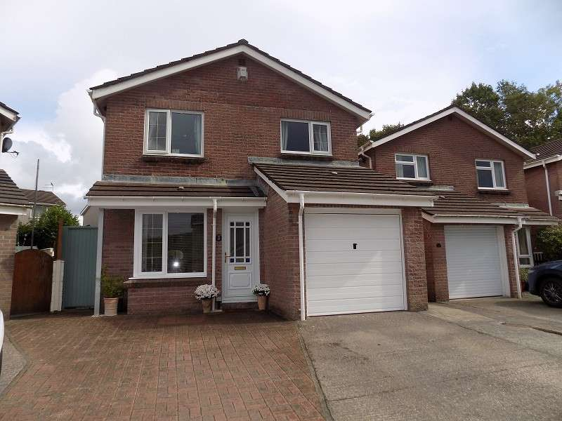 4 Bedrooms Detached House for sale in Rectory Close, Sarn, Bridgend. CF32 9QB