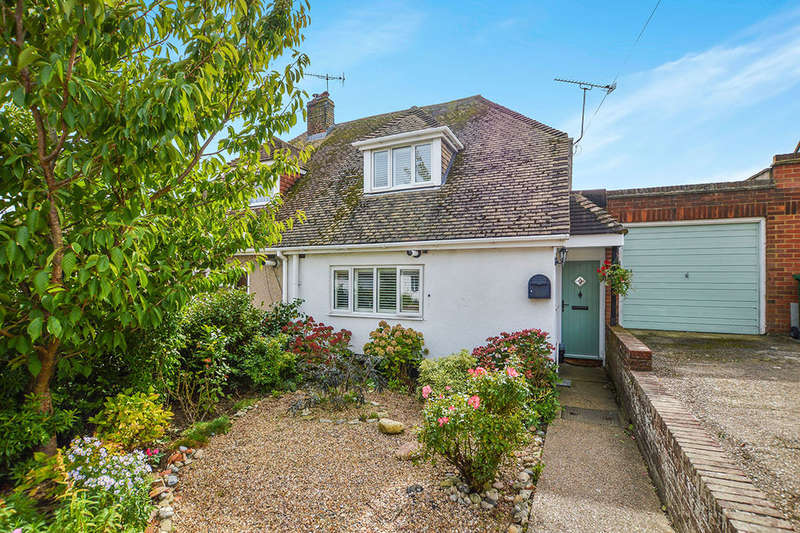 2 Bedrooms Semi Detached House for sale in Colins Way, Hythe, CT21
