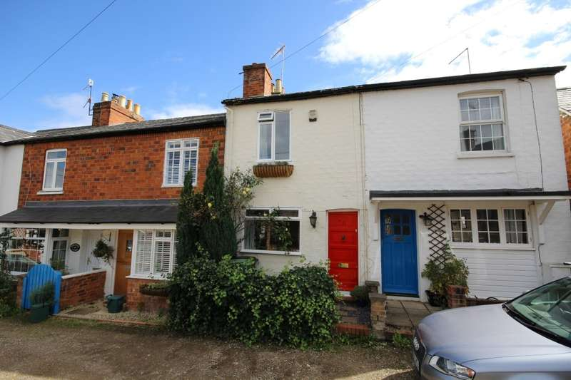 2 Bedrooms Terraced House for sale in Newtown Gardens, Henley-On-Thames, RG9