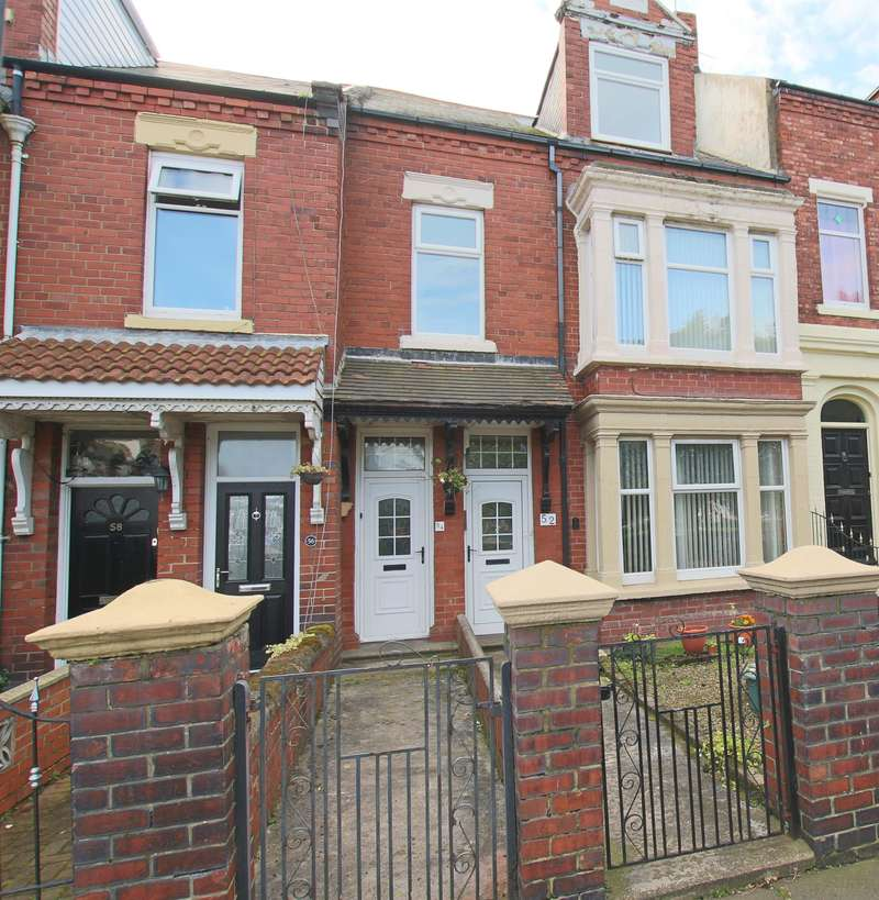 4 Bedrooms Maisonette Flat for sale in Mowbray Road, South Shields, NE33 3AU