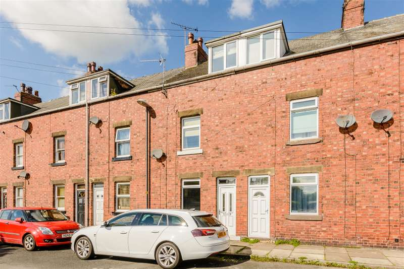 3 Bedrooms Town House for sale in Sandfield Terrace, Tadcaster, LS24 8AW