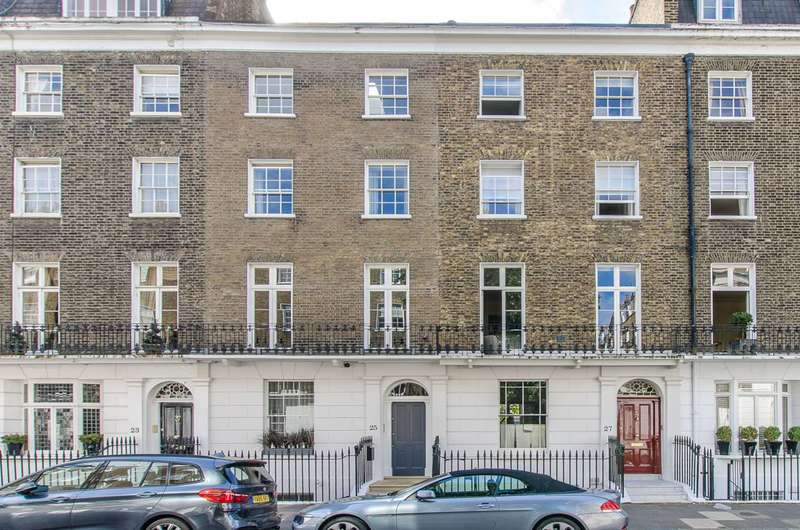 4 Bedrooms House for sale in South Terrace, South Kensington, SW7