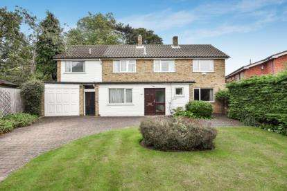 4 Bedrooms Detached House for sale in Oldfield Close, Bromley