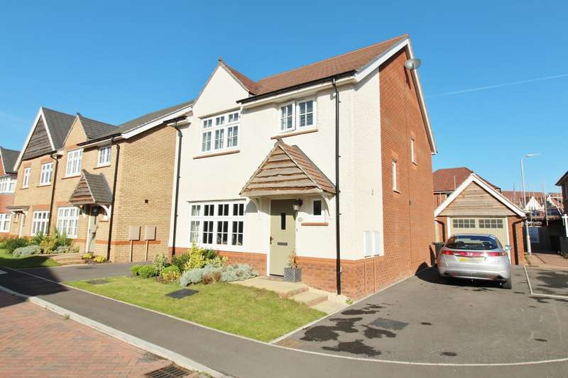4 Bedrooms Detached House for sale in Llanvair Grange Close, Newport, Newport, NP20
