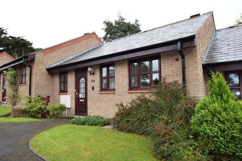 2 Bedrooms Terraced Bungalow for sale in Maes Berllan, Craig y Don