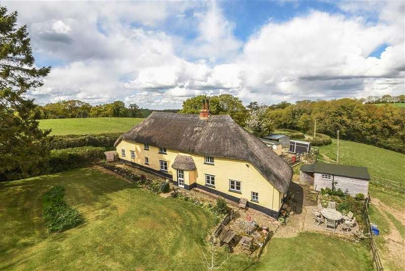 4 Bedrooms Detached House for sale in Spreyton, Spreyton, Crediton, Devon, EX17