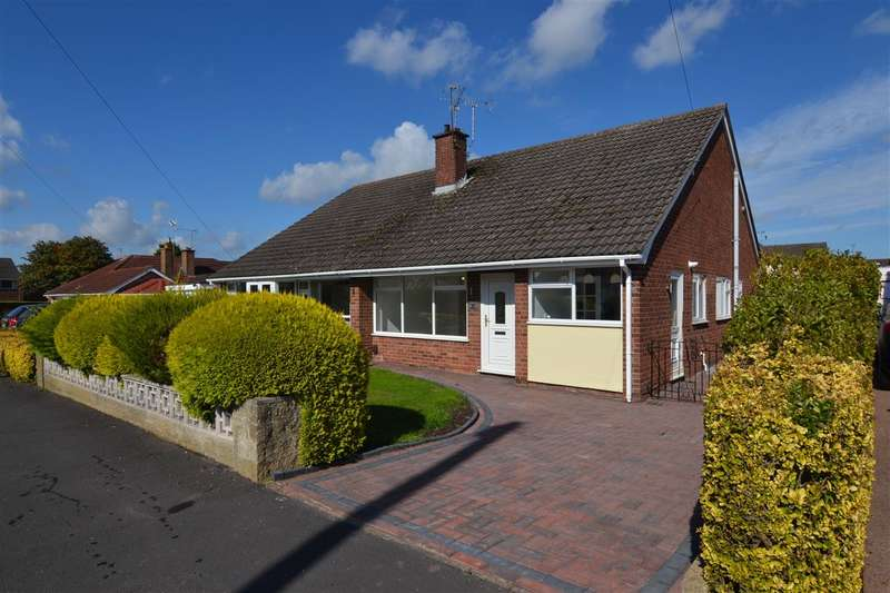 2 Bedrooms Semi Detached Bungalow for sale in Appledore Close, Stafford