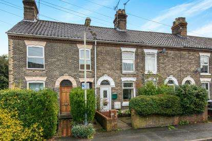 3 Bedrooms Terraced House for sale in Norwich, Norfolk, .