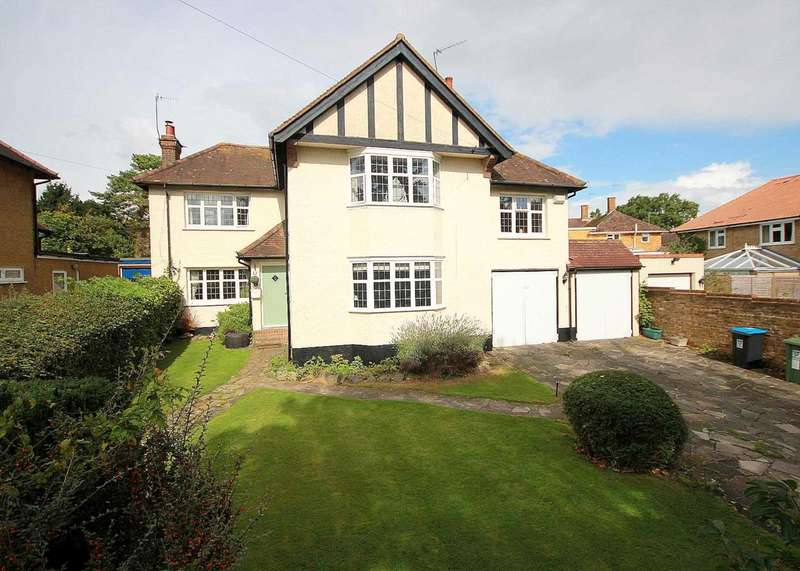 4 Bedrooms Detached House for sale in OUTSTANDING 4 BED DETACHED CHARACTER HOME in Chaulden Lane HP1