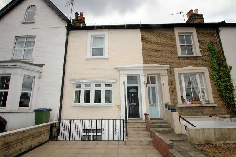 4 Bedrooms Cottage House for sale in Thames Ditton, Surrey