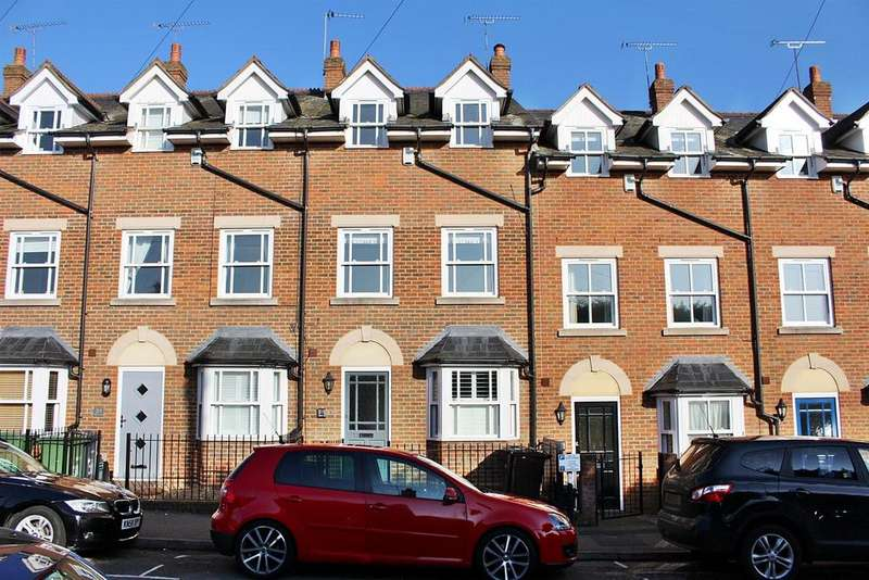 3 Bedrooms Town House for sale in Albion Road, St. Albans
