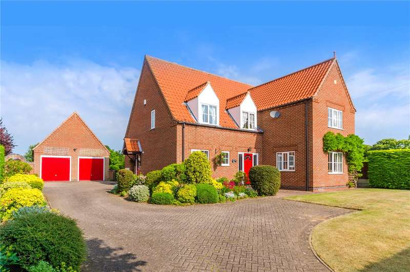 5 Bedrooms Detached House for sale in High Road, Manthorpe, Grantham, NG31