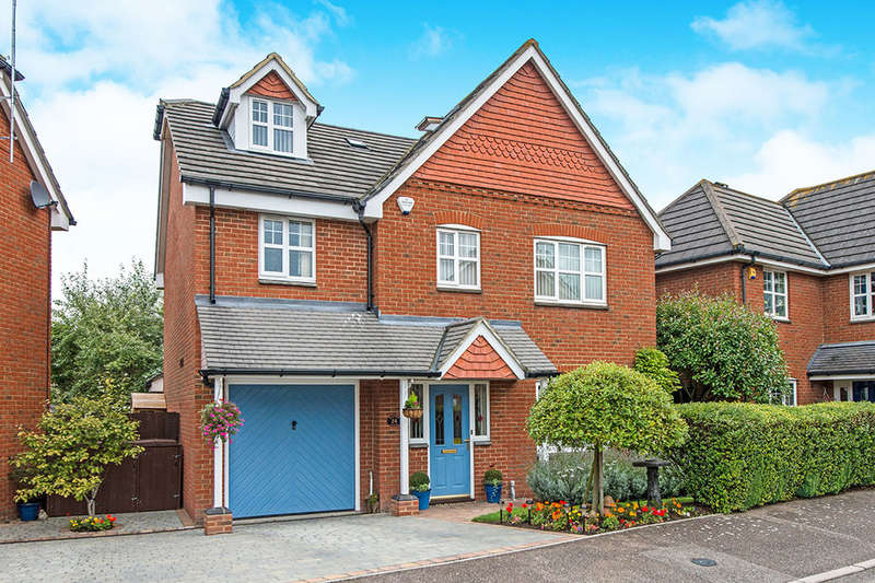 6 Bedrooms Detached House for sale in Hilton Close, Faversham, ME13