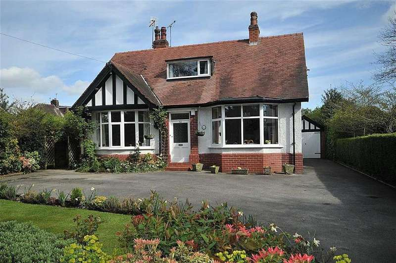 4 Bedrooms Detached House for sale in Styal Road, Wilmslow