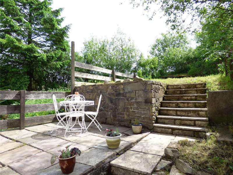 2 Bedrooms Terraced House for sale in Burnley Road East, Lumb, Rossendale, Lancashire, BB4