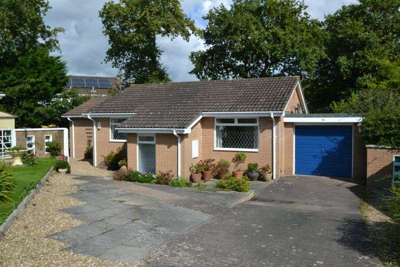 2 Bedrooms Detached Bungalow for sale in PERRYS GARDENS, WEST HILL, OTTERY ST MARY