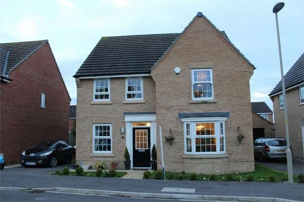 4 Bedrooms Detached House for sale in Woodlands Park, Pickering, North Yorkshire