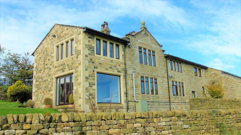 3 Bedrooms Semi Detached House for sale in Dyke Green Farm, Flower Scarr Road, Todmorden, OL14